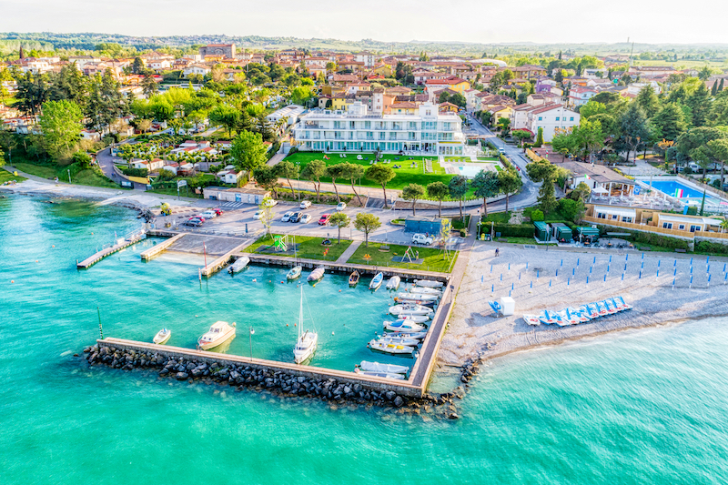 immagine professionale drone hotel lago garda