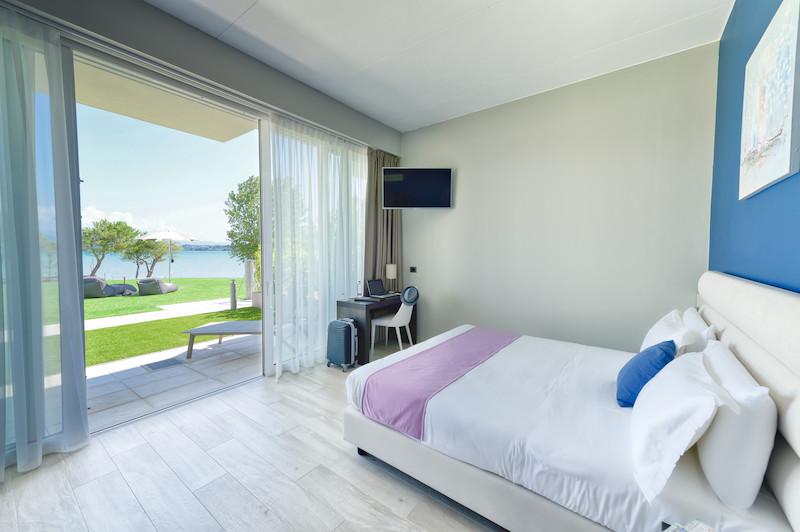 camera vista lago grada hotel vision
