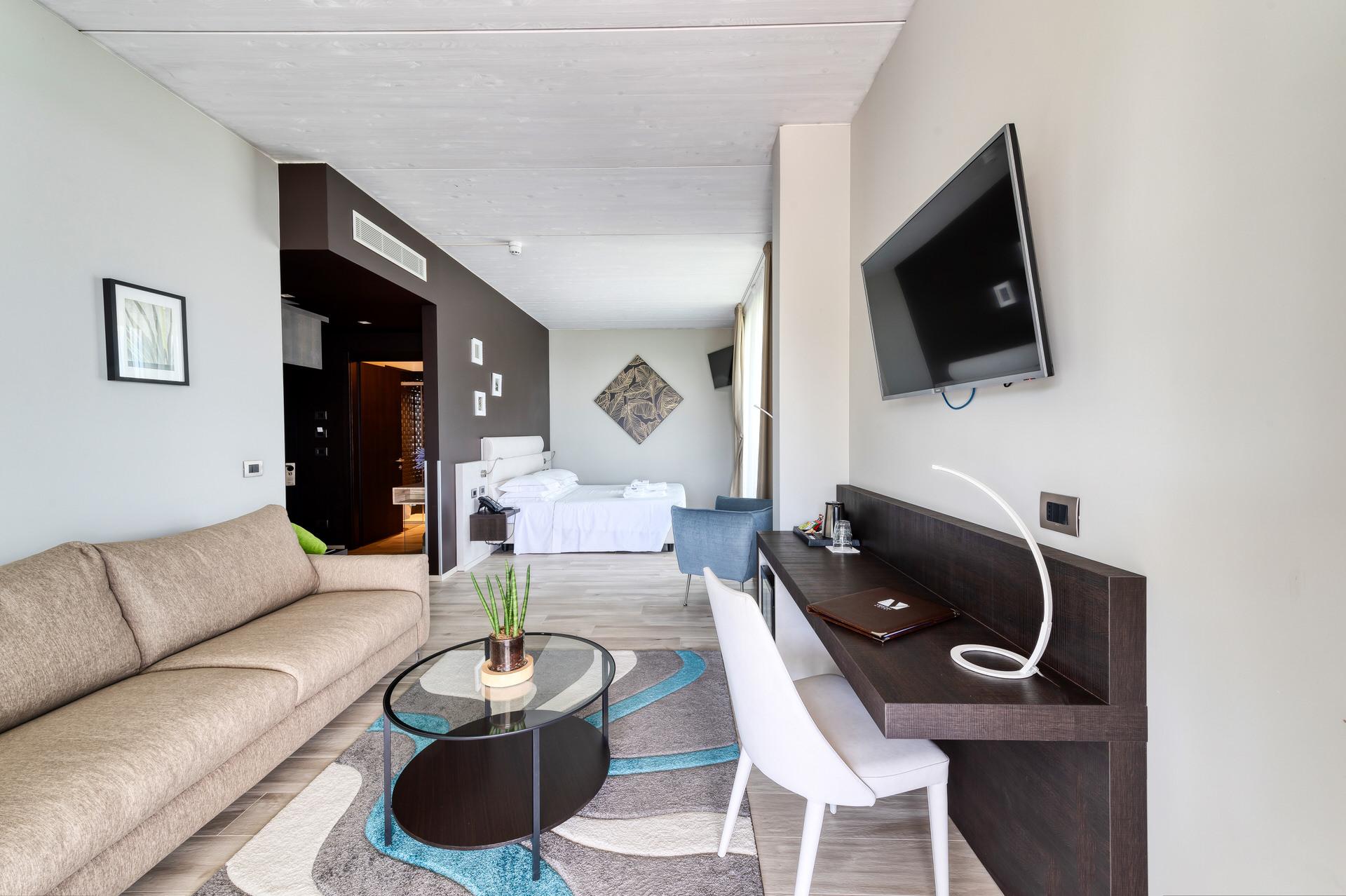 servizio fotografico professionale interno suite hotel lago garda