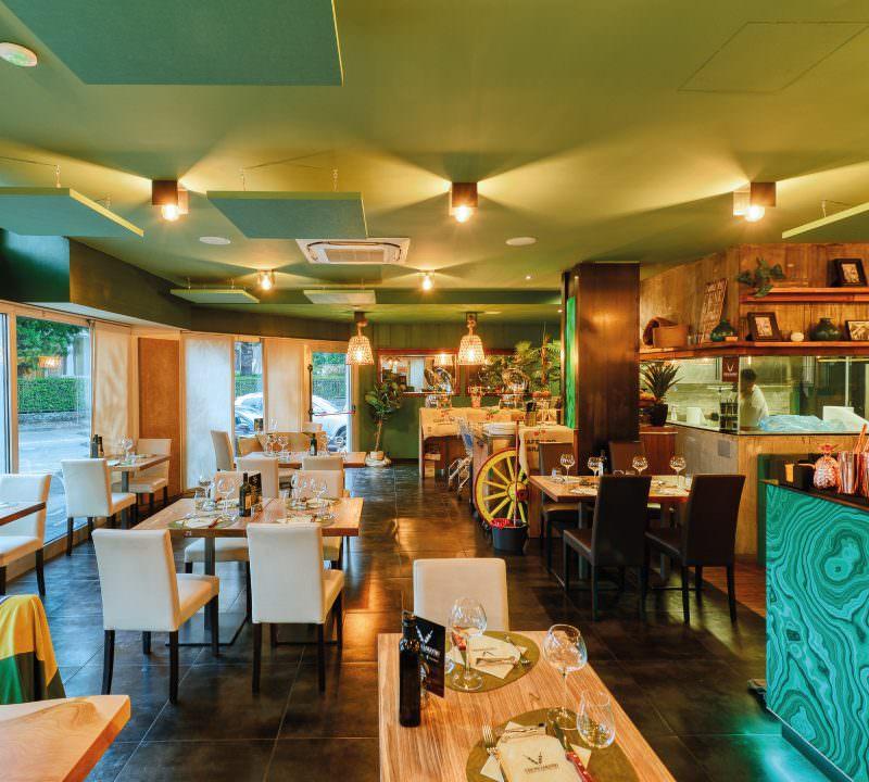 Fotografia interni ristorante Portfolio Photoring Como