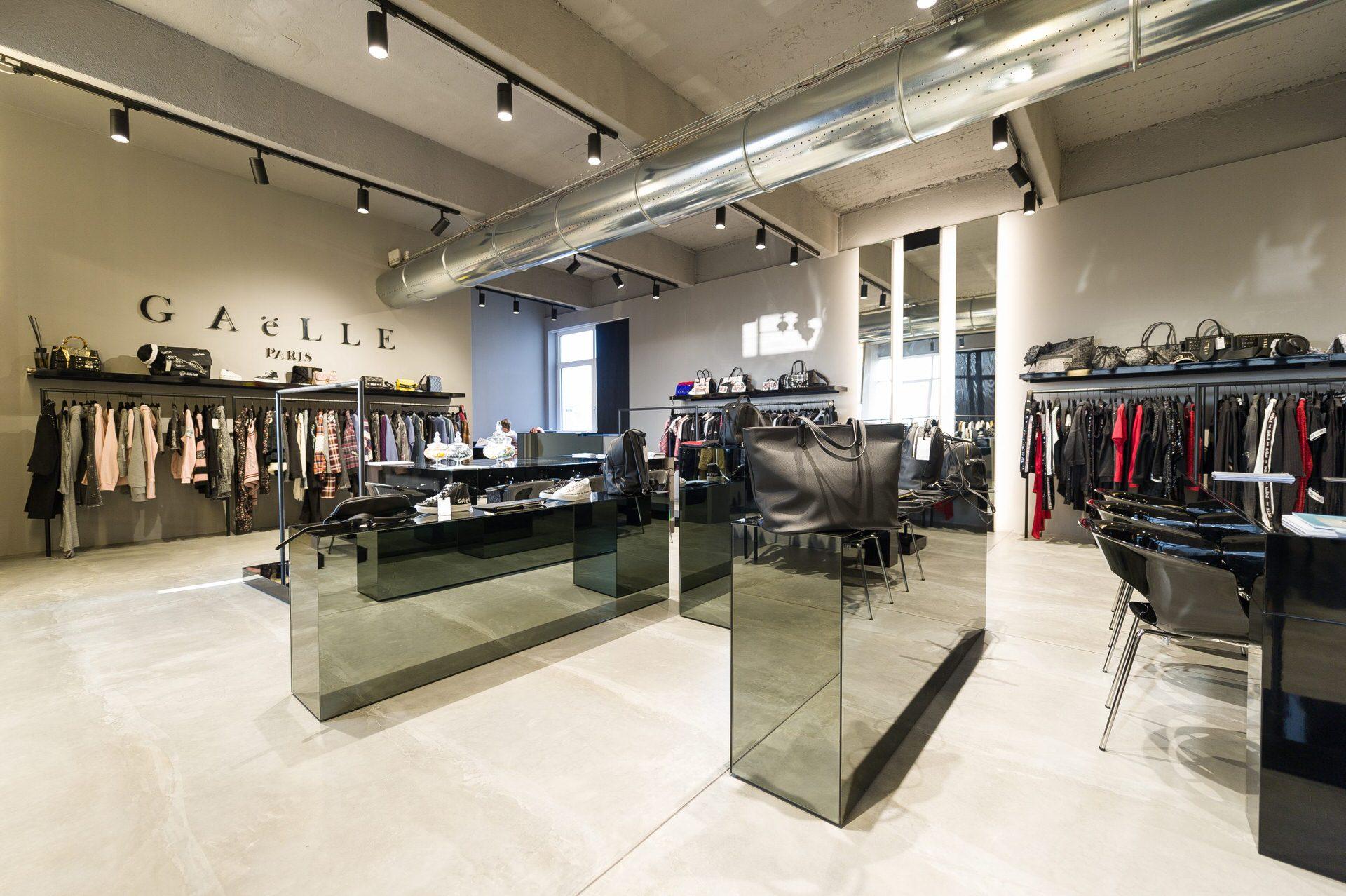 shooting fotografico showroom abbigliamento milano